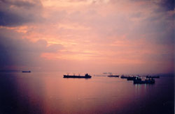 22. Manila Harbour I, VFR with Horizon